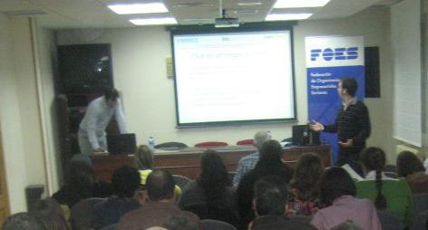 Presentación de la Jornada sobre Redes Sociales en FOES